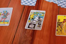Learning to Tarot: Tips for Choosing Your First Deck