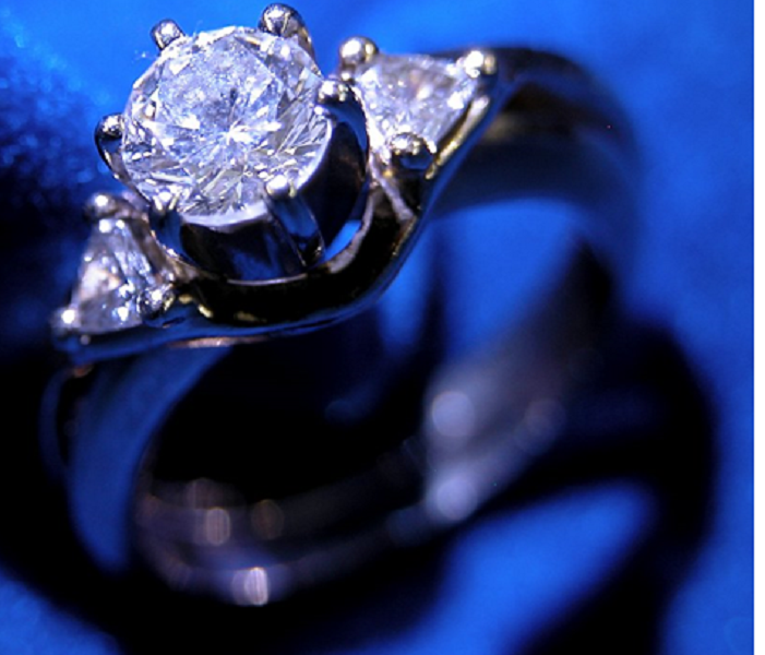 Why Do Engagement Rings Feature Diamonds?