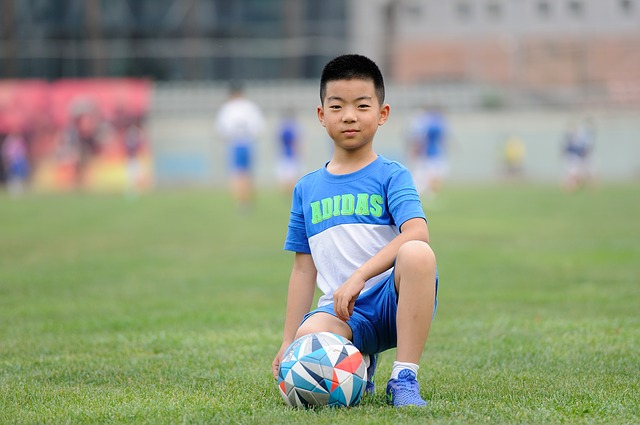 Soccer Mom Stereotypes: Easy Ways to Support Sporty Kids Without Being Pushy