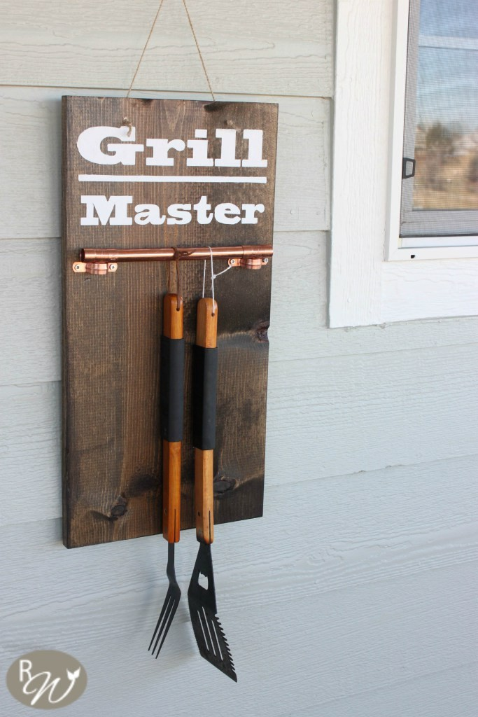 fathers day grill tool display