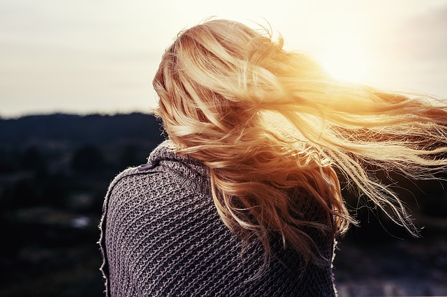 Healthy Habits To Help Your Hair Grow