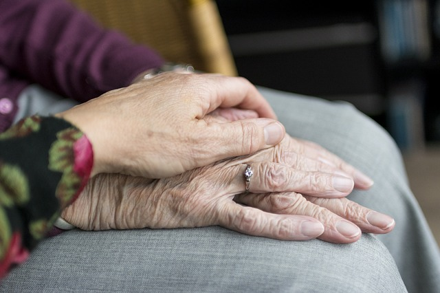 When to Step in and Assist Your Elderly Relative