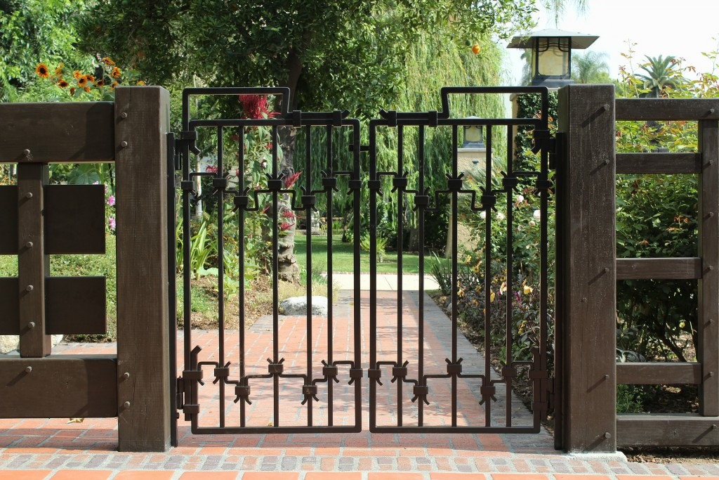 The Complete Beginners Guide to Living in a Gated Community
