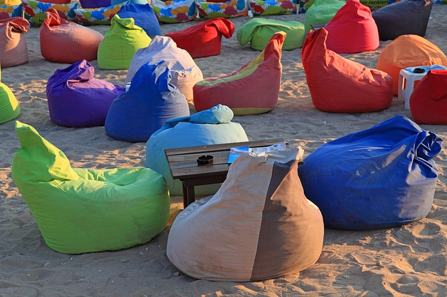 5 Frequently Asked Questions When Buying Lounger Bean Bags