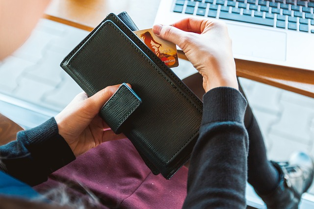 3 Mistakes to Avoid When You're Paying Off Credit Card Debt
