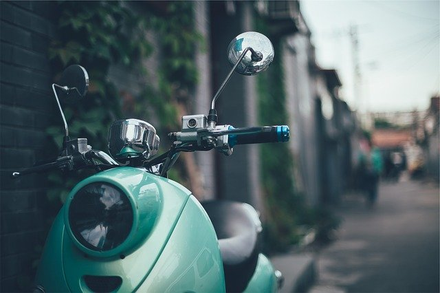 4 Things to Know Before Buying a Scooter