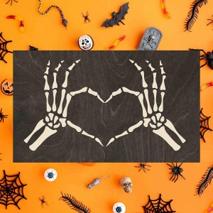 "Making my bedroom ""spooky"" with True Stock Studios"